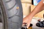 Oprava defektu pneumatiky